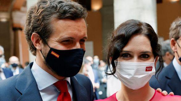 Ayuso despeja las dudas: sí acudirá a la puesta de largo de Casado en la convención del PP