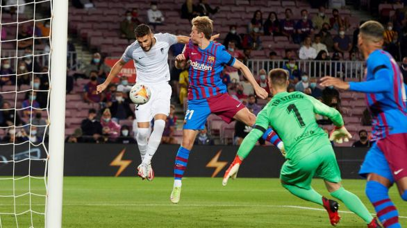 Un Barcelona desesperado empata a un Granada numantino |1-1
