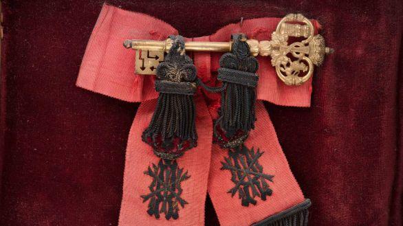 Sale a subasta una llave de 1886 que daba acceso libre al Palacio Real de Madrid
