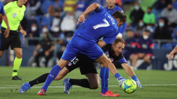 En un mar de despropósitos, el Atlético escapa del Getafe | 1-2