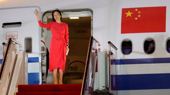 La directora financiera de Huawei aterriza en China tras ser liberada en Canadá