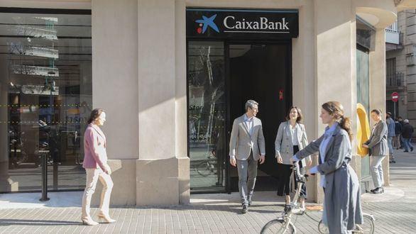 """CaixaBank, elegido """"Líder en bonos sociales en Europa Occidental 2021"""" por la revista Global Finance"""