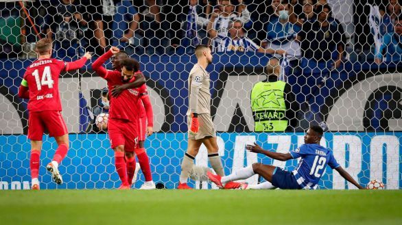 Salah y Firmino fulminan al Oporto |1-5