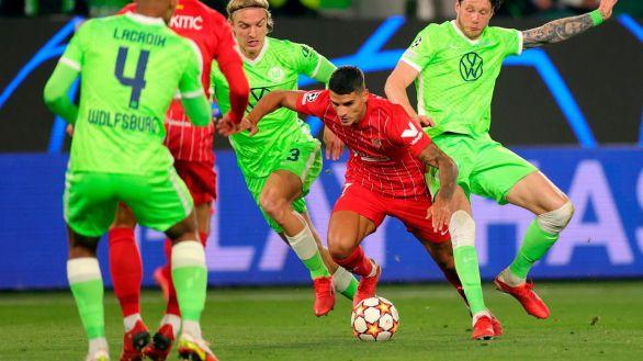 Rakitic saca del pozo al Sevilla en Wolfsburgo   1-1