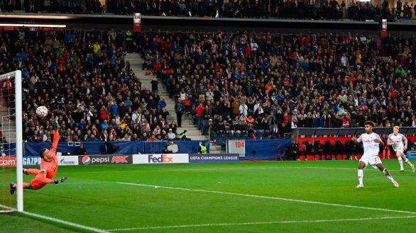 El Salzburgo se impulsa a costa del Lille   2-1