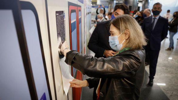 La Comunidad de Madrid presenta el Plano Literario de Metro para fomentar la lectura