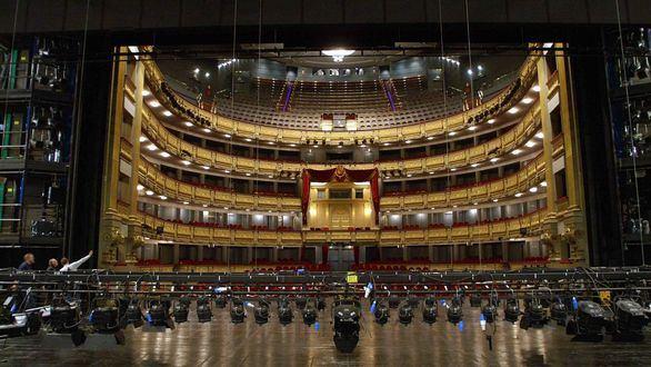 El Teatro Real incopora a cuatro nuevas patronas