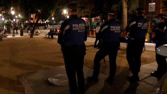 55 jóvenes detenidos tras causar desórdenes en un nuevo macrobotellón del Parque del Oeste