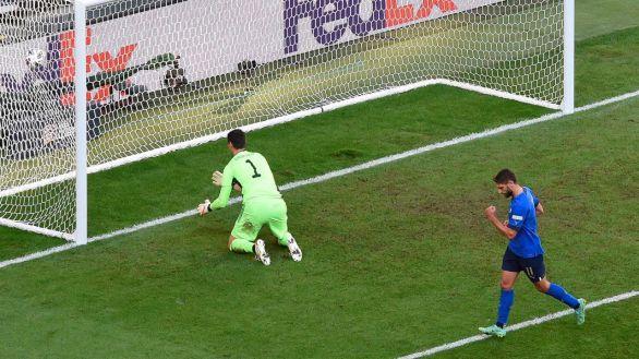 Barella y Berardi consuelan a Italia ante una Bélgica sin Lukaku |2-1