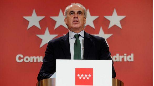 El Colegio de Médicos premia la gestión de la Comunidad de Madrid durante la pandemia