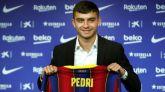 Pedri renueva con el Barcelona hasta 2026 con mil millones de cláusula