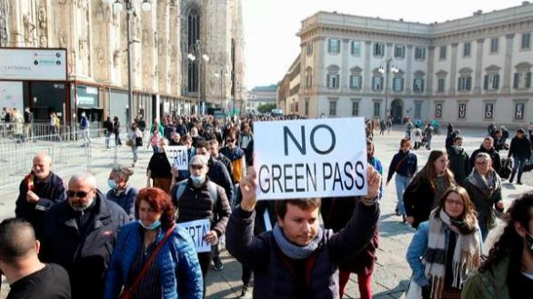 Italia aplica desde este viernes el certificado covid obligatorio para poder trabajar