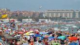 España recibió este verano 16,9 millones de turistas, un 45% menos que en 2019