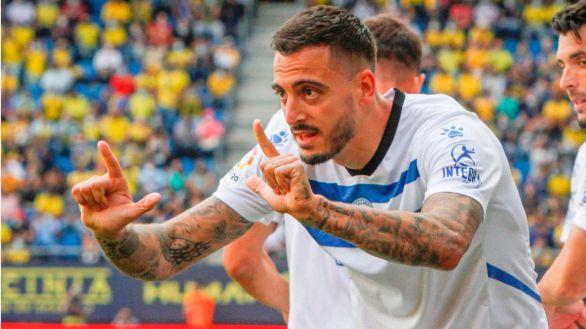 El Alavés toma aire y pone en aprietos al Cádiz |0-2