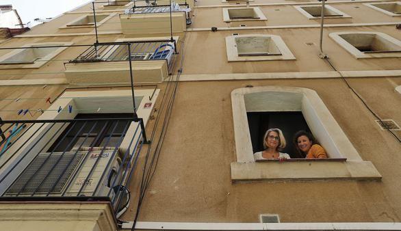 Barcelona impone una multa de 600.000 euros a Airbnb