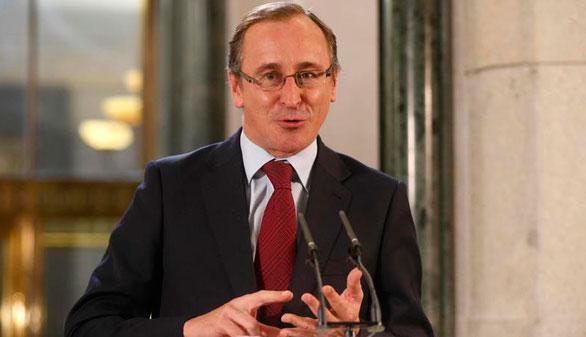 Alfonso Alonso sustituye a Quiroga como nuevo presidente del PP vasco