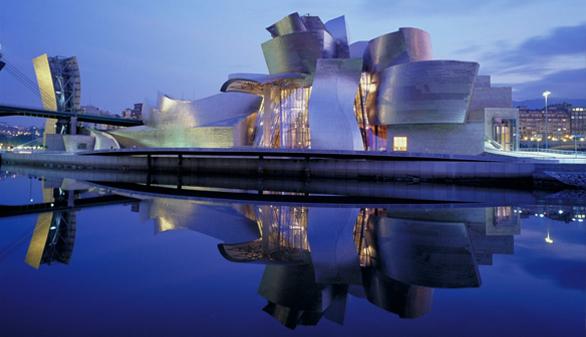 XX Aniversario del Guggenheim Bilbao: el arte que lo cambió todo