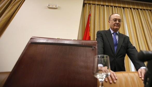 El Banco de España: la economía crece; es necesario recortar