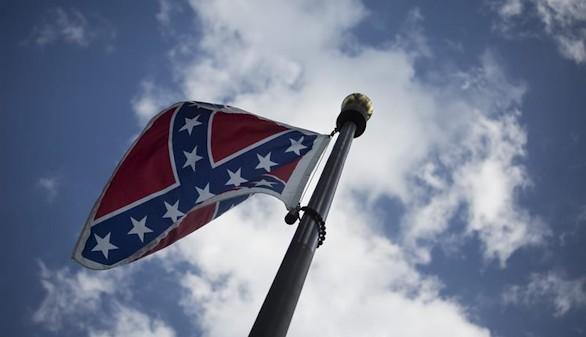 Carolina del Sur y Virgina someten a debate la eliminación de la bandera confederada