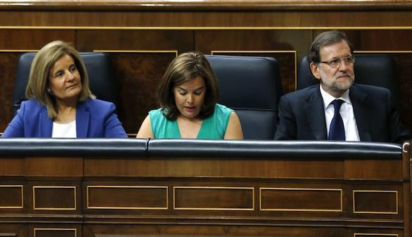 Báñez: Pedro Sánchez a ratos es Zapatero y, a ratos, Pablo Iglesias