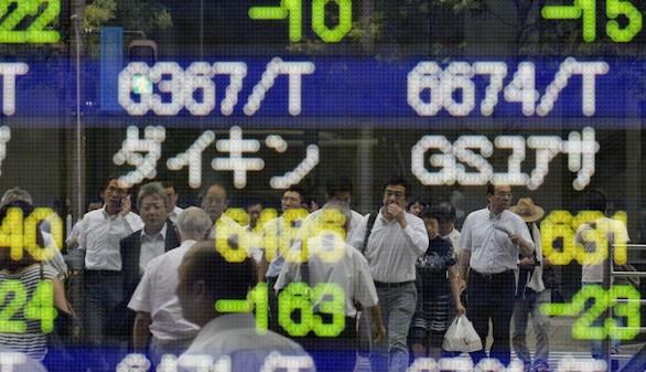 Abenomics naufraga en un mar de deuda