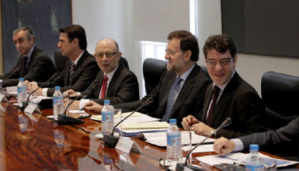 Rajoy, París y el grupo de trabajo del euro analizan este lunes el 'no' griego