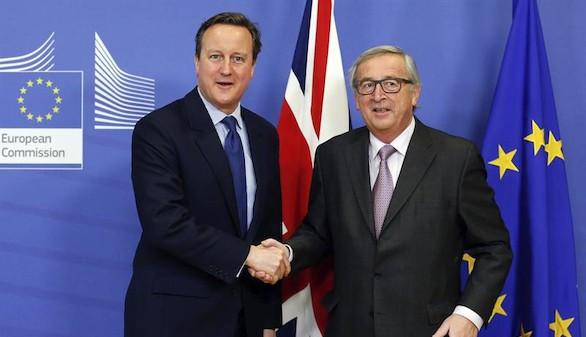 Cameron defiende en Bruselas sus condiciones para permanecer en la UE