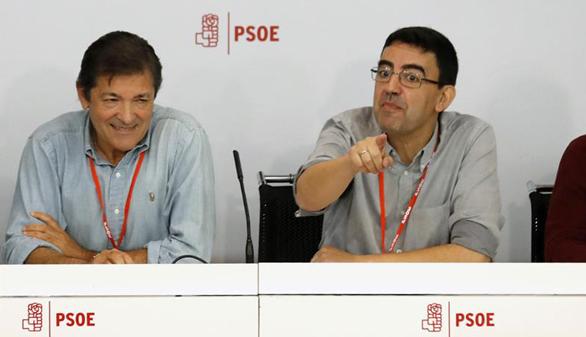 Los socialistas se abstendrán para que gobierne Rajoy