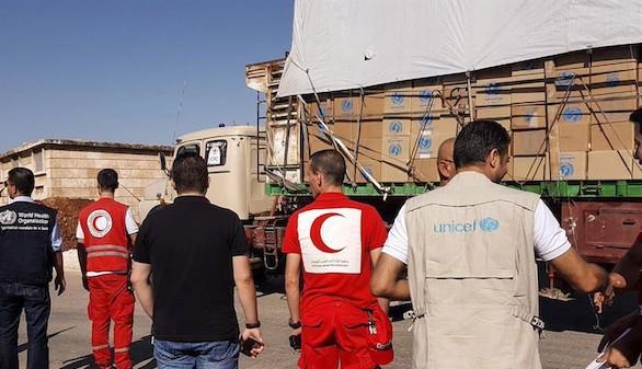 El convoy atacado en Siria antes de partir de un área rural de Alepo (Foto: cortesía de Media Luna Roja)