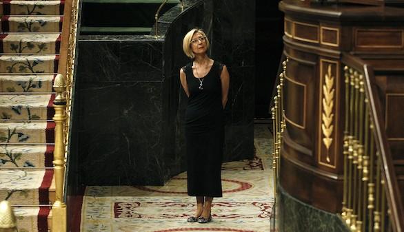 Rosa Díez se da de baja y pide la disolución de UPyD