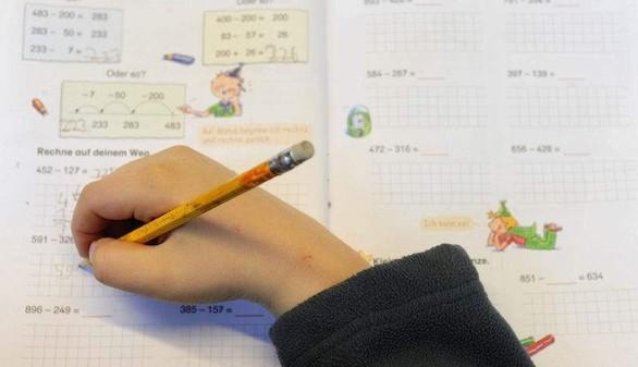 ¿Se deben prohibir los deberes en los colegios?