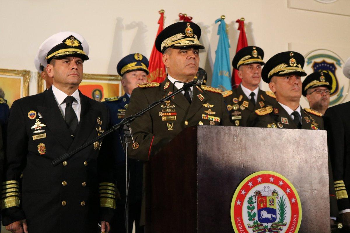 La cúpula militar rechaza a Guaidó como presidente