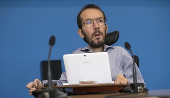 Echenique insiste en no dimitir por el caso de su asistente