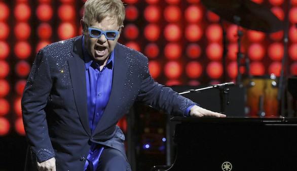 Elton John, más roquero que diva, desmelena al Teatro Real
