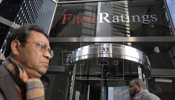 Fitch rebaja la calificación de Cataluña hasta el bono basura