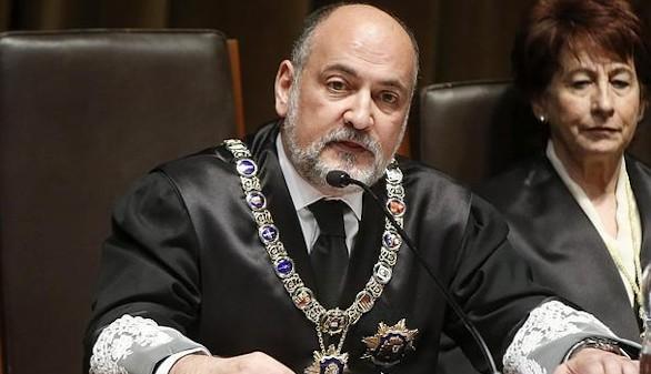 El presidente del TC no ve 'insensato' reformar la Constitución