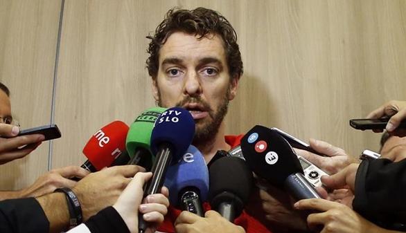 España se vuelve a disparara y queda a un paso del oro. Tercer cuarto: 60-43