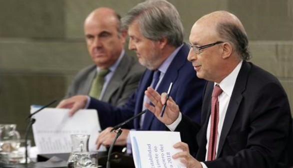 El Gobierno aprobará un decreto para facilitar la salida de empresas de Cataluña