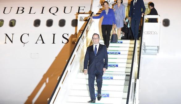 Hollande llega a Cuba: primera visita oficial de un presidente francés