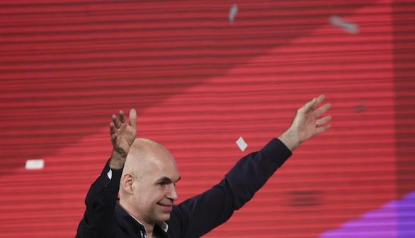 La derecha argentina mantiene Buenos Aires por la mínima