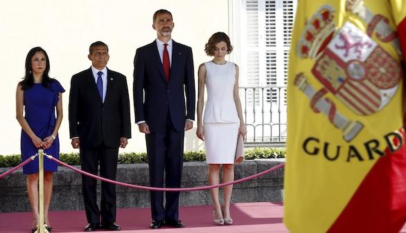 Los Reyes reciben a Humala en el inicio de su primera visita de Estado a España
