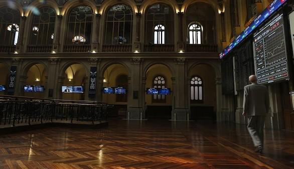 Semana de altibajos: la Bolsa española recupera los 8.300 puntos