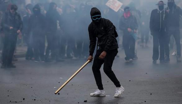 Protestas en Francia: menos, pero cada vez más indignados
