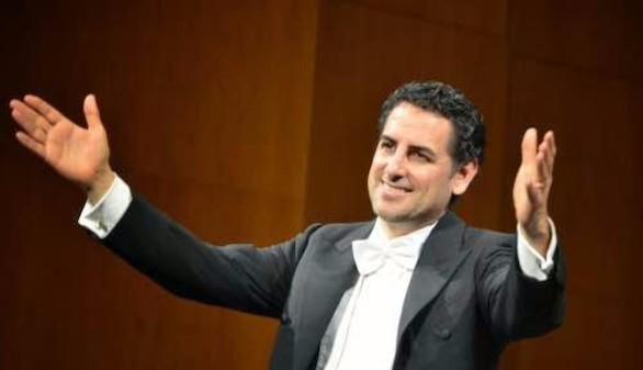 Juan Diego Flórez pone en pie al público madrileño con su concierto benéfico