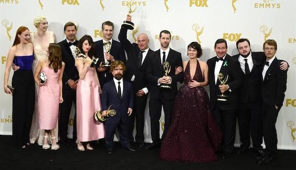 Juego de Tronos hace historia en los Emmy con un récord de 12 galardones