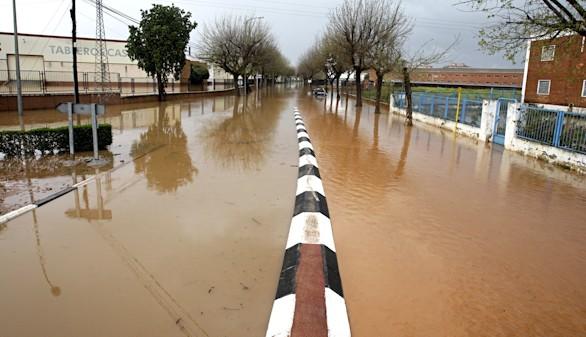 El temporal deja dos muertos en Castellón y pone en alerta a Navarra