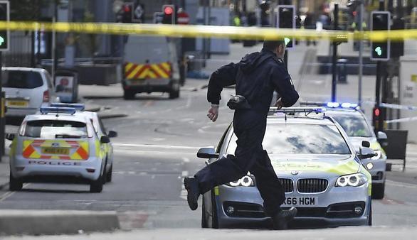 El terrorista es un británico hijo de refugiados