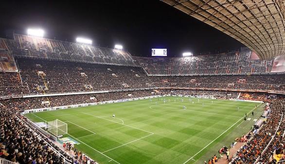 Mestalla, primer estadio que mejora la red de datos para sus aficionados