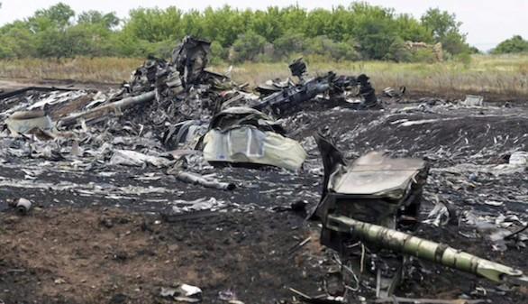 Un misil enviado por Rusia a los separatistas derribó el MH17