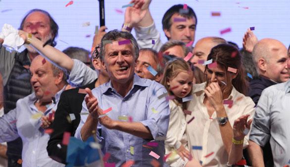 Macri se impone en Argentina y liquida doce años de kirchnerismo